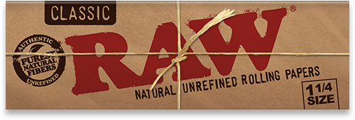 RAW Classic 1 1/4 Rolling Papers x 24