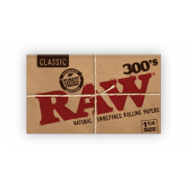 RAW Classic 1 1/4 Rolling Papers, Creaseless , 300 Leaves x 40